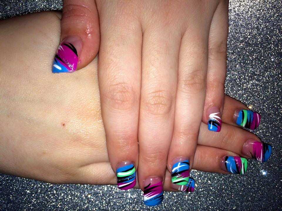 160g choice of bright bluebright pinkbright green angled or halved tip with colorful tiger nail designs by top nails prinsesfo Images