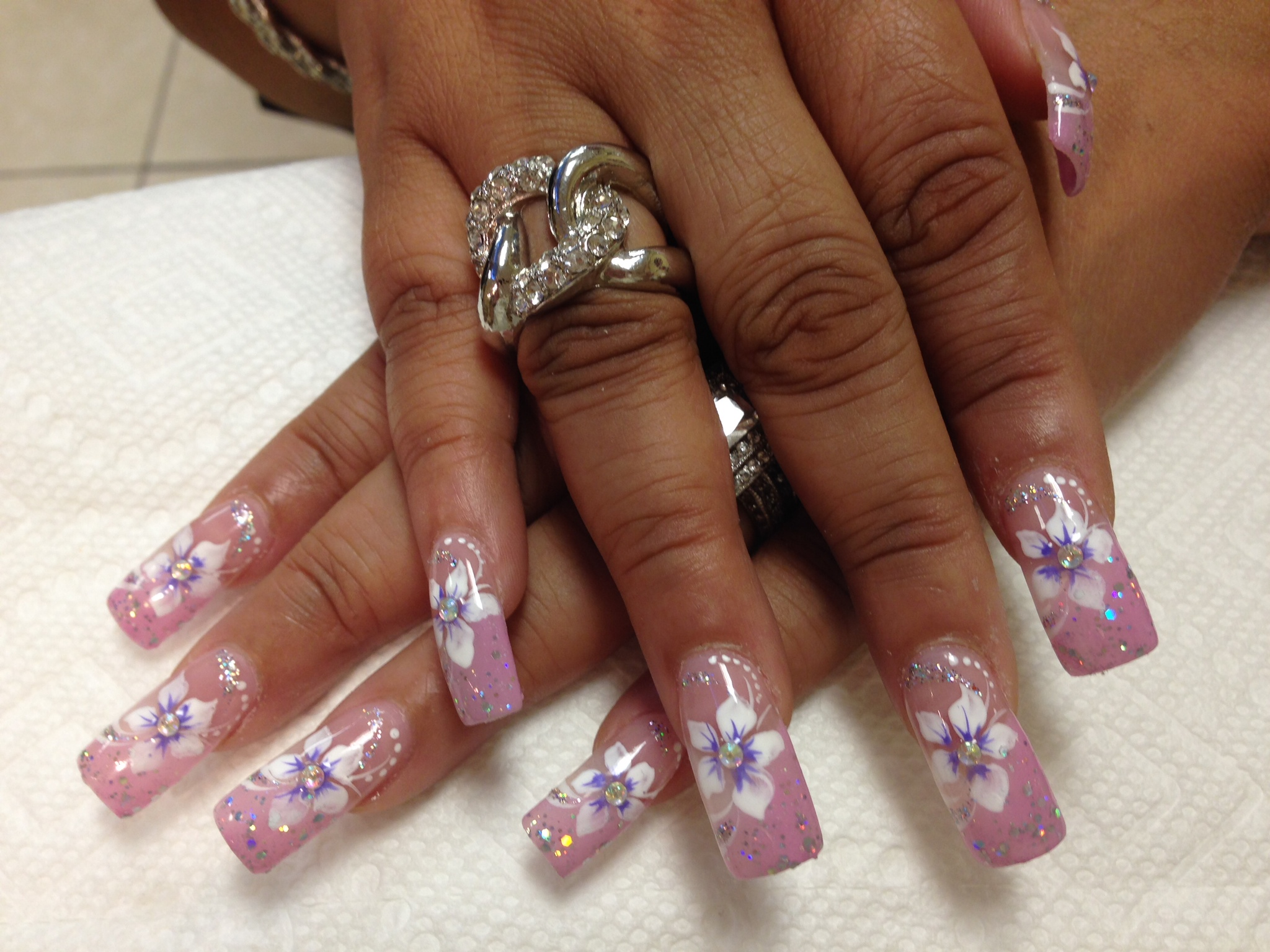 196g light pink nail with whitelavender stargazer lily diamond glue on center prinsesfo Gallery